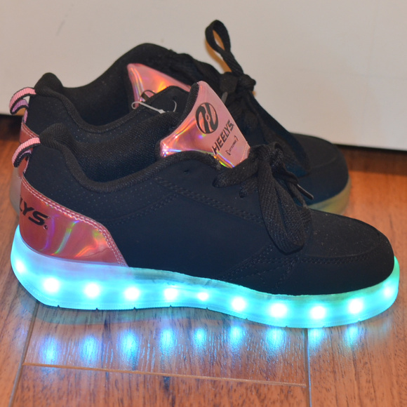 Heelys Shoes   Girls Light Up Heelys